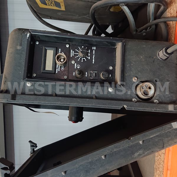 ESAB Mobile Wire feed Unit, model 300