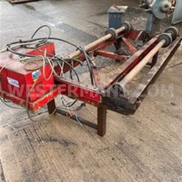 A&N 2 ton pipe rotators powered on bed