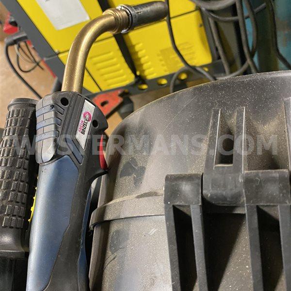 CEA Digitech 4000 vision Dual Pulse MIG welder - As new