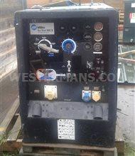 Miller Big Blue 602 D Diesel Welder Generator