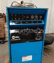 Miller  Syncrowave 351  AC/DC TIG welder from 1800 water cooled