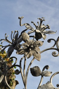 Forged metal flowers by David Freedman