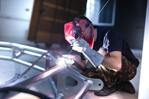 Why is AC used on aluminium TIG welding?