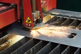 Plasma Cutting Tables – Control, Mechanics & Fumes