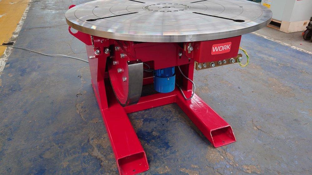 UK made 3000kg welding positioner