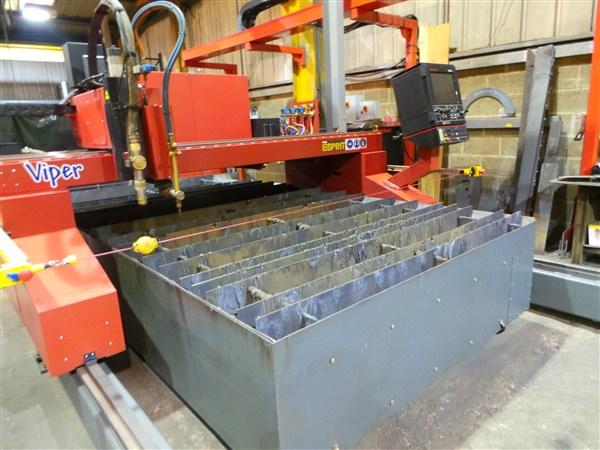 CNC plate profile cutter