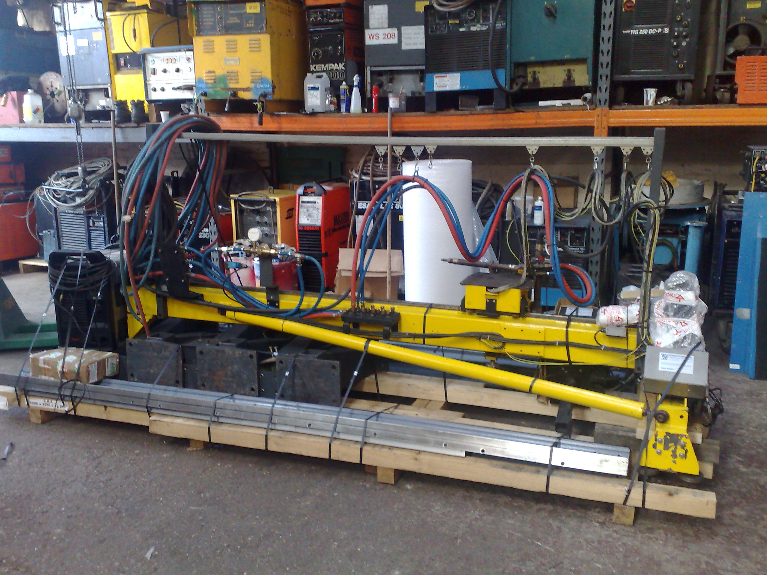ESAB profile cutting machine for despatch