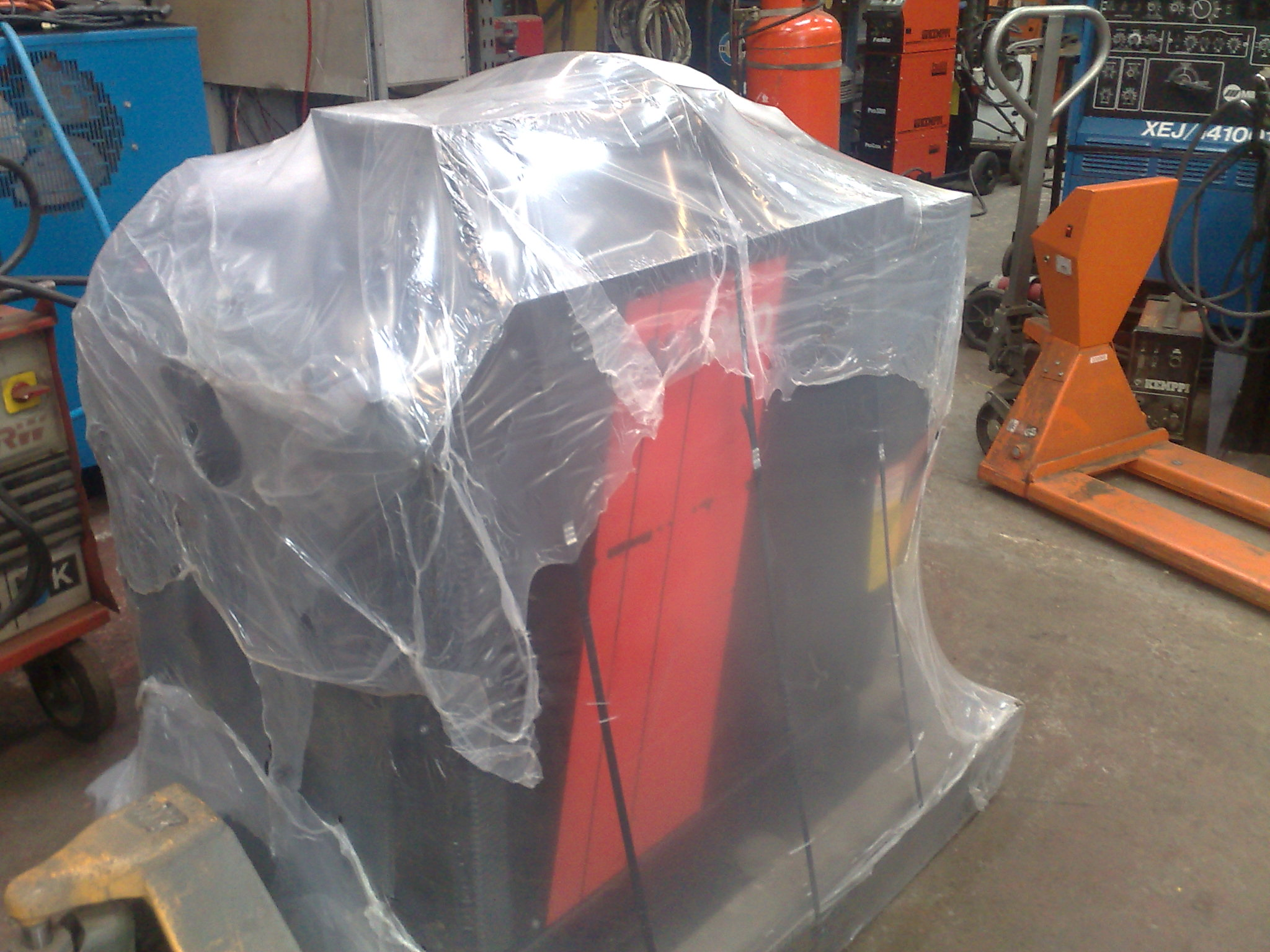 hypertherm plasma cutter supplied by Westermans Welding