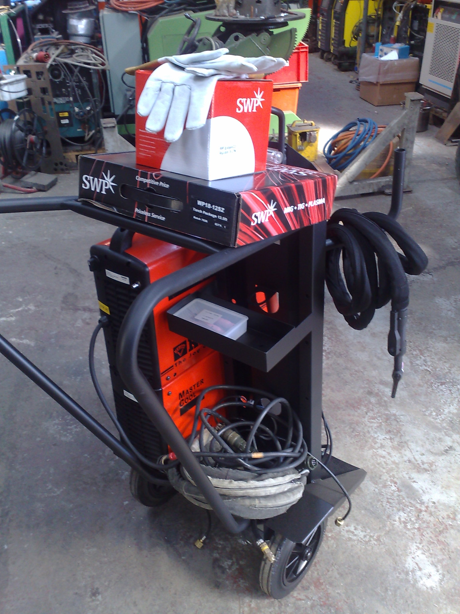 Sold to Africa a Kemppi welding machine Full package