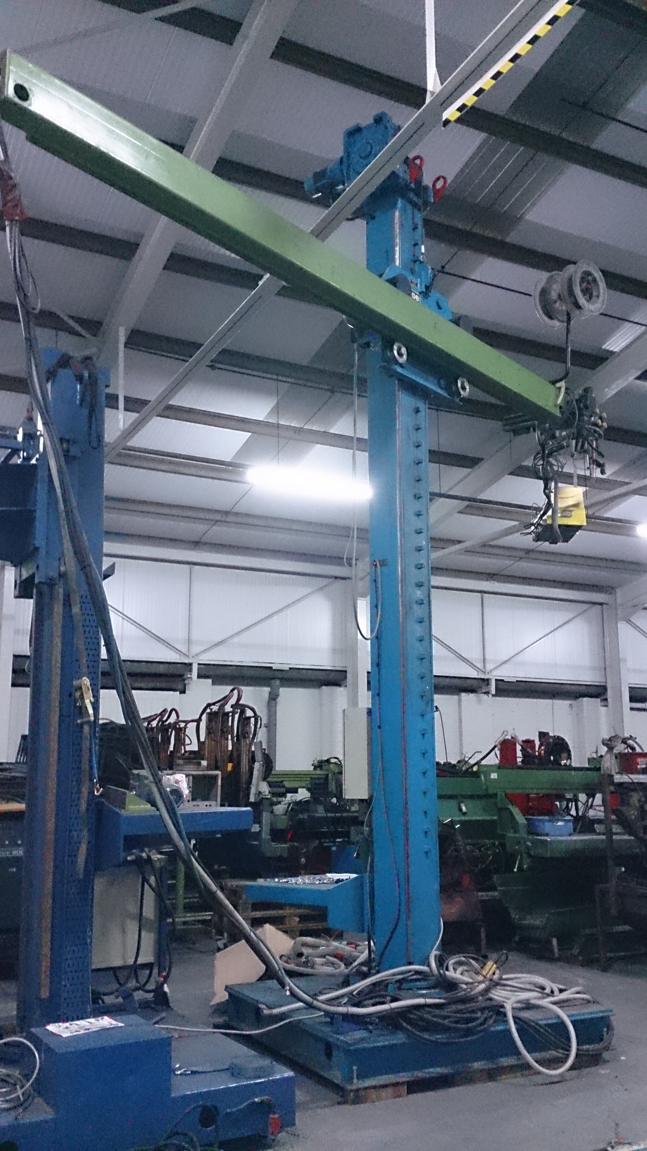 Used Column and Boom welders for Hire from Westermans