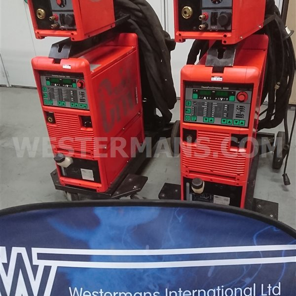 Fronius Transpuls Synergic 3200 CRNI MIG Welder with VR4000 Wire Feed Water cooled