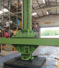 MPE Column and Boom Welding Manipulator with Swivel Base