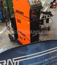 Kemppi Evolution 4200 amp MIG Welder with  Feed Unit, 4 Roll and MXE panel as new